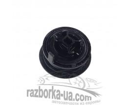 Маслозаливная горловина Skoda Fabia 1.9 TDI (1999-2007) 038115301B фото