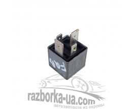 Купить реле вентилятора 191937503 / V23134J52X228, 18 Skoda Fabia (1999-2007) фото