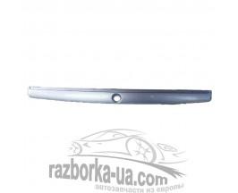 Накладка двери багажника Skoda Octavia (1996-2010) 1U6827577E фото