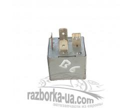 Купить вентилятора реле 141951253B / 20240072 VW Passat B6 (2005-2010) фото
