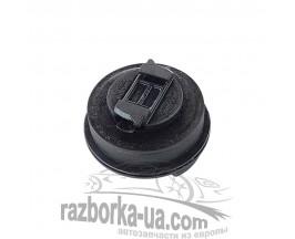 Крышка маслозаливной горловины VW Passat B6 2.0TDI 170PS BMR (2005-2010) 06C103485S картинка
