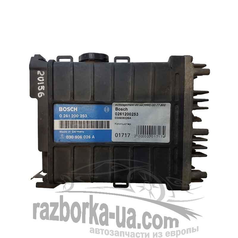 Электронный блок управления двигателем Bosch 0261200253 / VAG 030906026A, фото запчасть