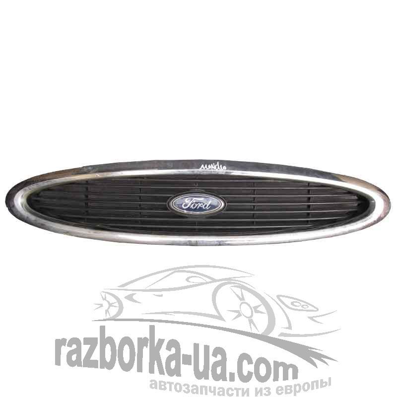 Решетка радиатора Ford Mondeo (1996-2000) фото