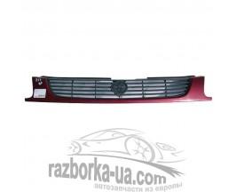 Решетка радиатора Mazda 323 BA (1995-1998) фото