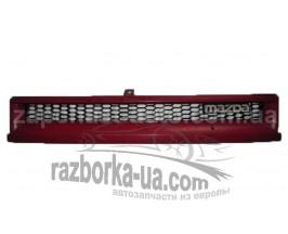 Решетка радиатора Mazda 323 BF (1987-1989) фото
