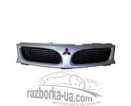 Решетка радиатора Mitsubishi Carisma (1995-2004) фото
