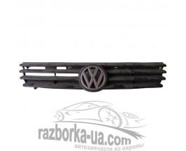 Решетка радиатора Volkswagen Passat B4 (1994-1996) фото