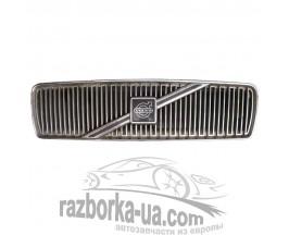 Решетка радиатора Volvo 460 (1992-1996) фото
