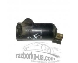 Моторчик омывателя лобового стекла Mazda 626 GF (1997-2000) 502103000 фото