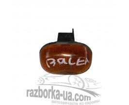 Повторитель указателя поворота в крыло Suzuki Baleno (1996-1998) фото