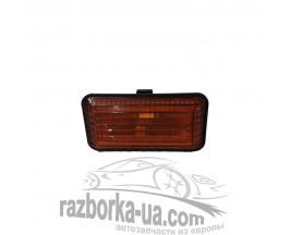 Повторитель указателя поворота в крыло Volkswagen Passat (1988-1996) 357949117 фото