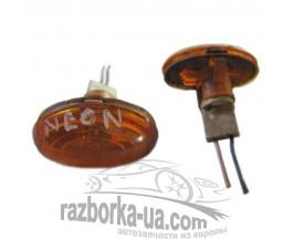 Повторитель указателя поворота в крыло Chrysler Neon (1995-2005) фото