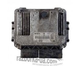 Электронный блок управления двигателем Bosch 0281014452 / 55 566 279 Opel Zafira 1.9CDTI фото