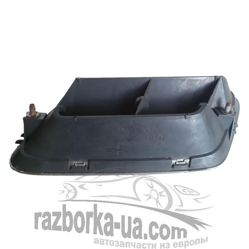 Решетка радиатора правая Nissan Primera P11 (1996-1999) фото